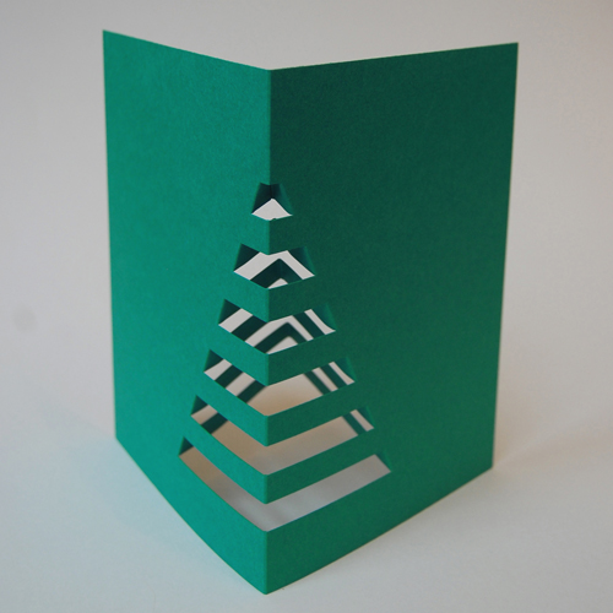 dunkelgr ne weihnachtskarten mit mehrwert weihnachtsbaum f r den schreibtisch. Black Bedroom Furniture Sets. Home Design Ideas